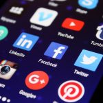 5 Reasons to Unfollow Career Obstructing Social Media Contacts